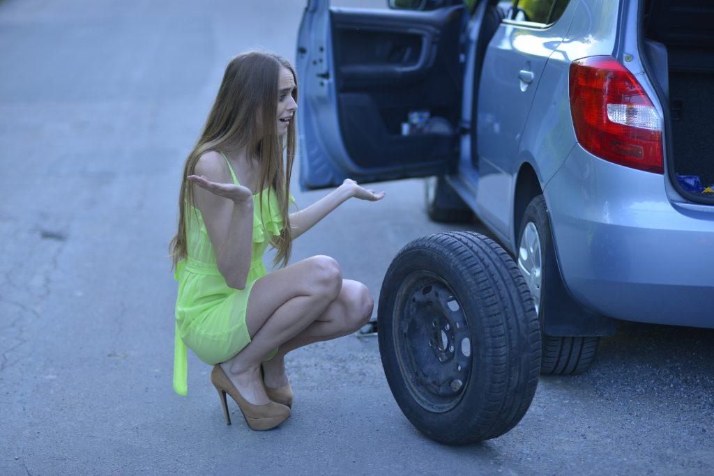 タイヤのエアチェックの重要性 スタンドでのやり方
