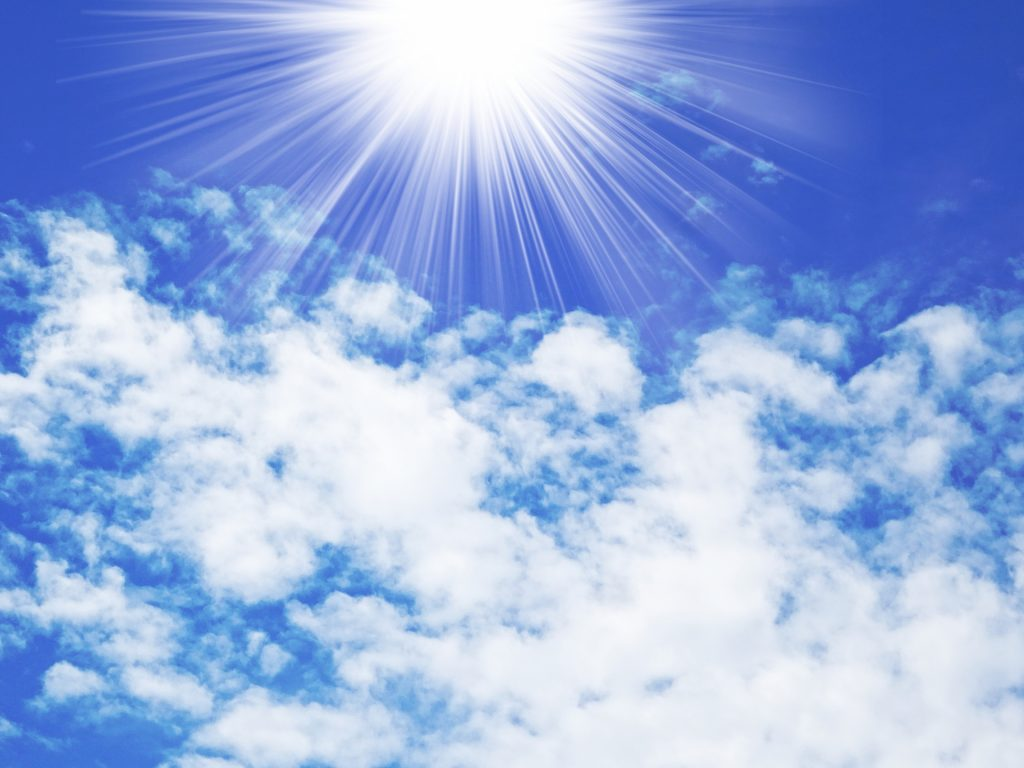 太陽の下、炎天下の駐車で熱くなった車にできるだけ短い時間で乗り込み、快適に走る方法