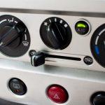 車のエアコン修理見積もりが25万円!コンプレッサーのロックとは?修理するべきか?